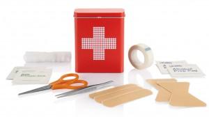 boite-metal-premiers-soins-rouge